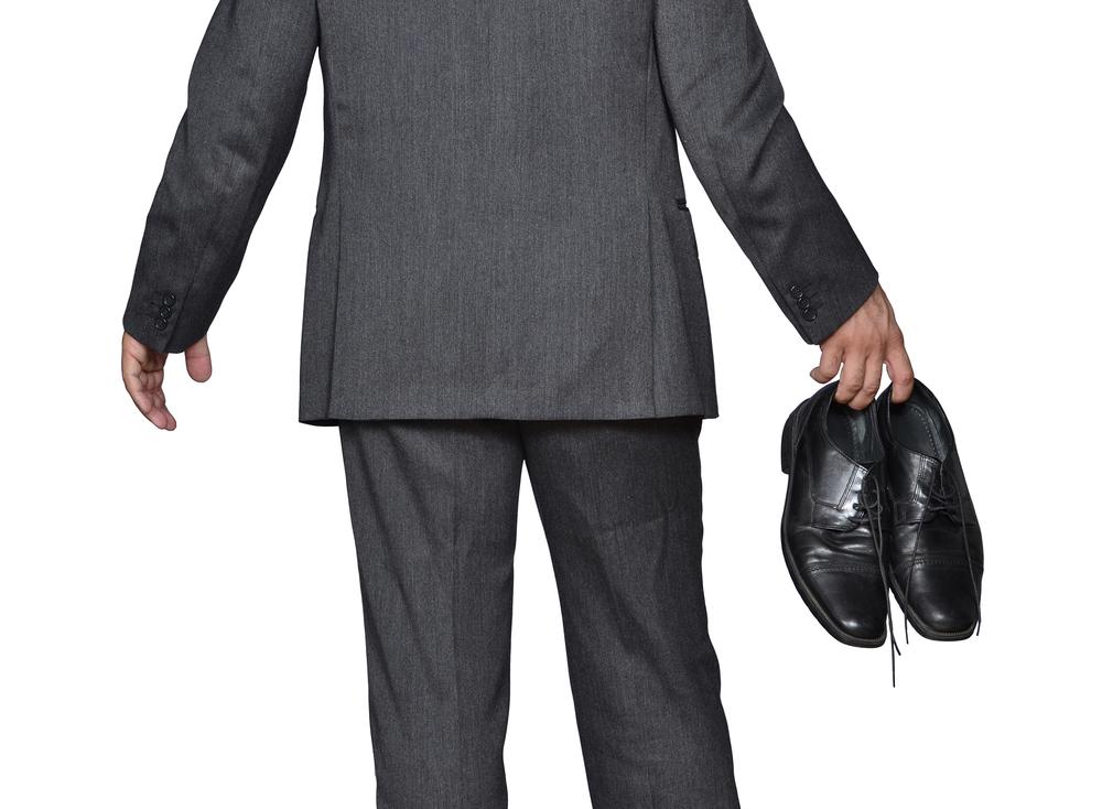 革靴からの解放。オフィスを快適に過ごすためのサンダル5選