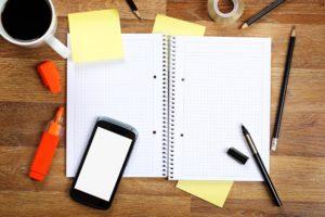 オフィスの机は整理できていますか?効率が5倍上がる便利グッズをご紹介