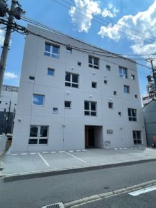 「CUBE名駅」名古屋駅のエスカ地下街から徒歩6分、デザイナーズ賃貸オフィス
