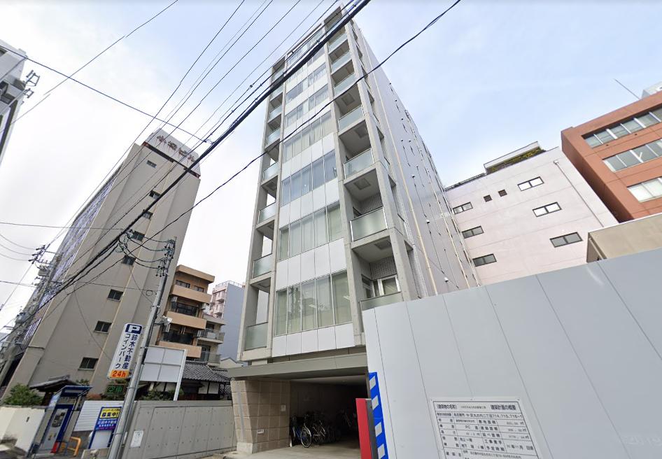 「丸の内タナカビル」名古屋駅から桜通線で2駅、丸の内駅1番出口徒歩5分に位置する綺麗なビルです。